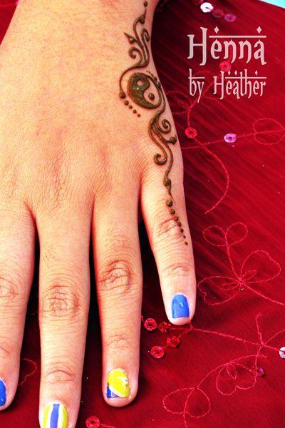 Small Henna Tattoo Hand: Henna_hand_yinyang2_danbury_small