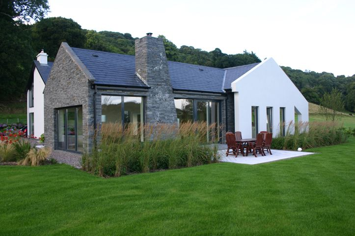 Courtyard Andrew O Brien Architects In 2021 Brick Exterior House House Designs Ireland Bungalow Exterior