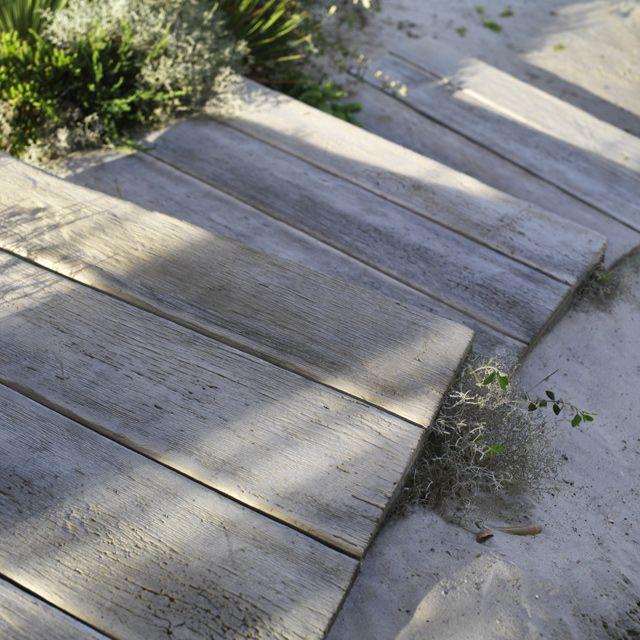 Lame Aspect Chene Blanchi 100 X 20 Cm Castorama Terrasse Deco Exterieur Jardin Carrelage Terrasse