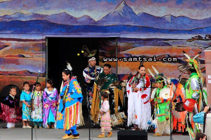 national aboriginal day canada, pictures | Traditional Family Powwow Dance: National Aboriginal Day in Muskoseepi ...