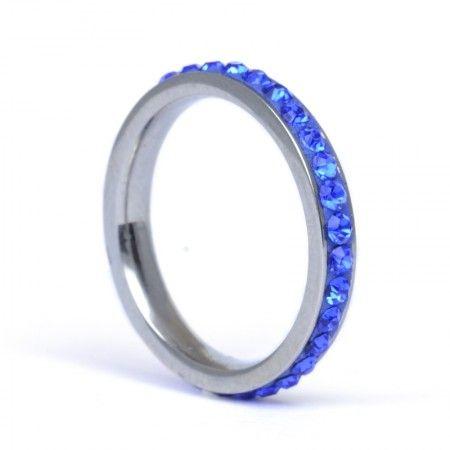 blue ring // anillo azul