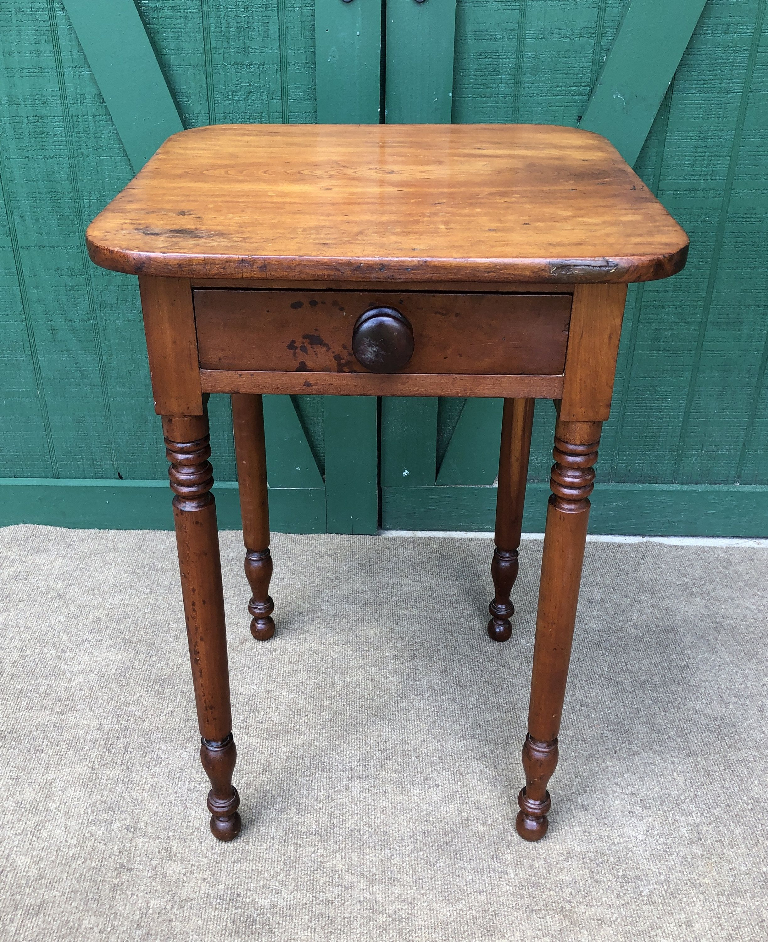 End Table Pine Hand Crafted One Drawer Table Hand Turned Legs Original Square Nails Circa 1800s Antique Pine Table In 2020 Pine Table Drawer Table End Tables