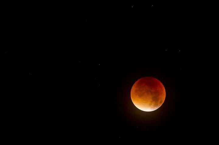 Super Lunar Eclipse, Larne. CO Antrim, N. Ireland.  By Ian Mcilroy.