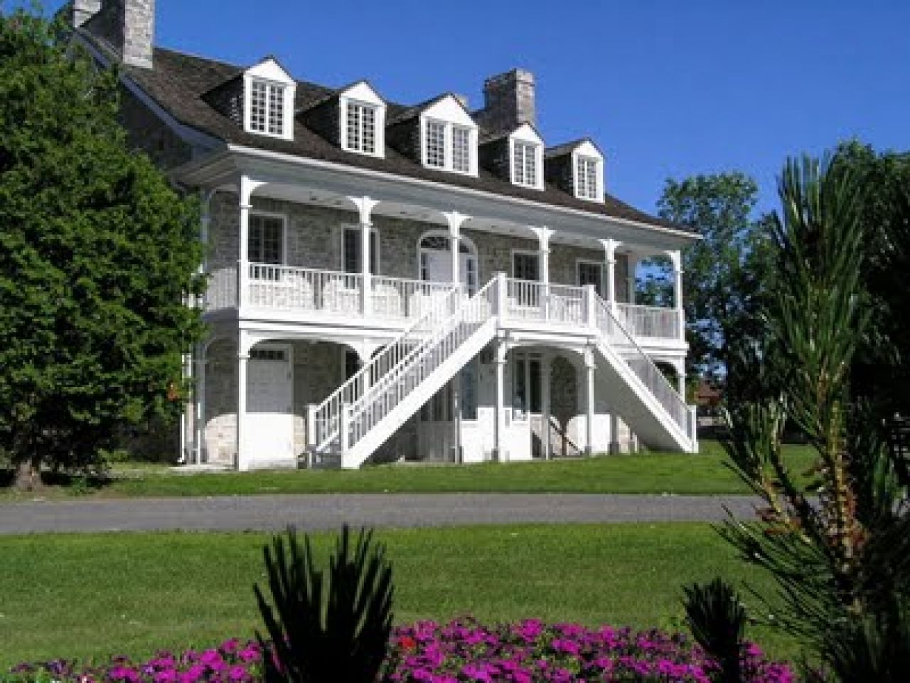 Discover Ideas About Plantation Style Houses