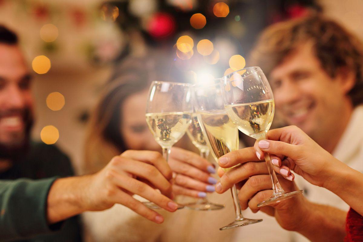 Eu sei o que você fez no Natal passado: 10 mandamentos para não cometer gafes na festa de fim de ano da empresa – Dicas para o seu evento