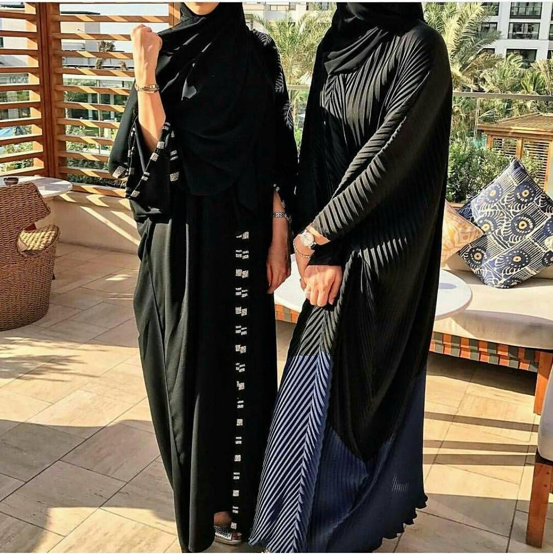 662 Likes 20 Comments Abaya Show Abaya Show On Instagram يمين ولا يسار Abaya Fashion Abayas Fashion Muslimah Fashion Outfits