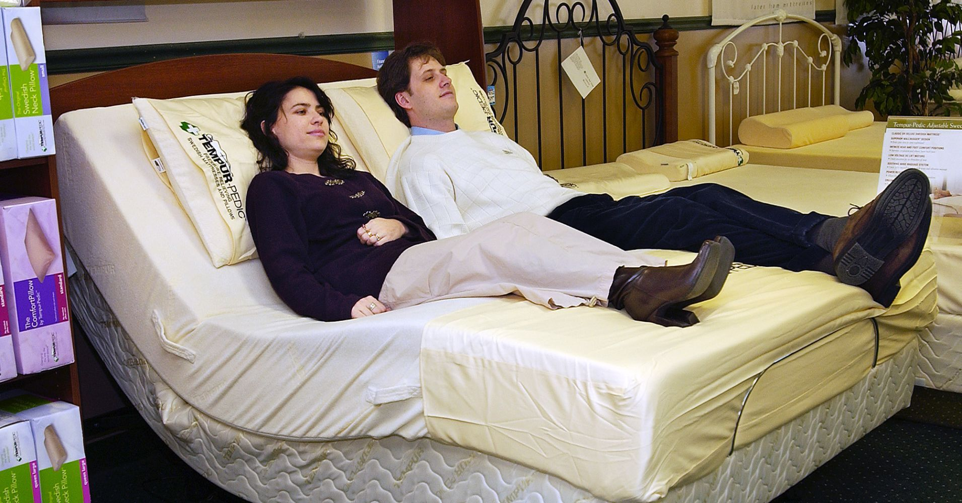Tempur Sealy Jumps 9 On Report Mattress Firm Plans To File For Bankruptcy Firm Mattress Mattress Sealy