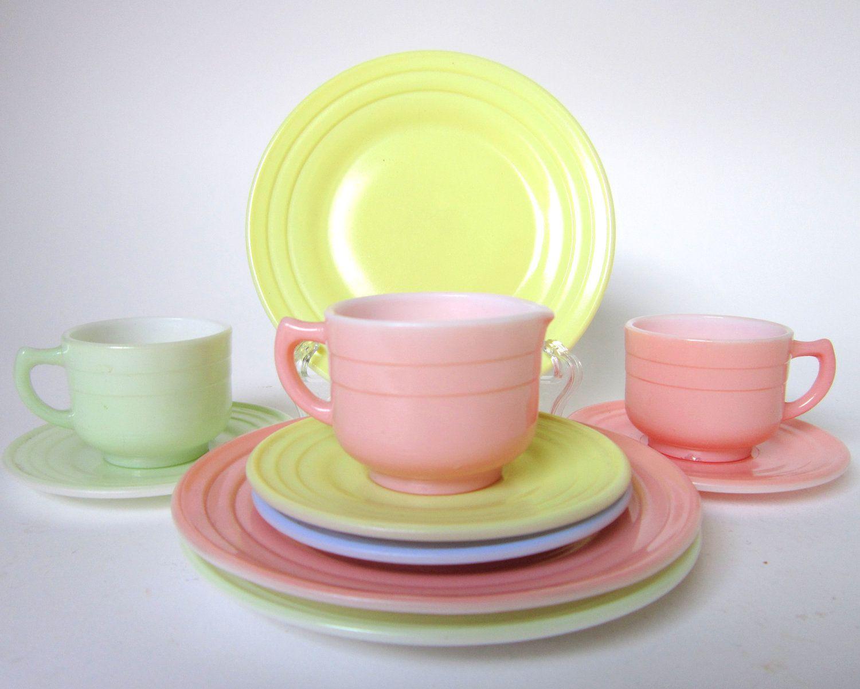 1940s 50s Hazel Atlas Moderntone Children S Tea Set When I Was Little Childrens Tea Sets Kids Tea Set Childrens Dishes