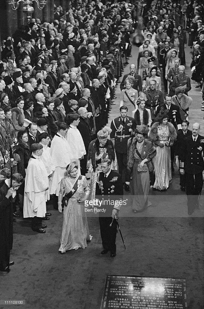 King George VI (1895 - 1952) and Queen Elizabeth the Queen Mother (1900 - 2002)…