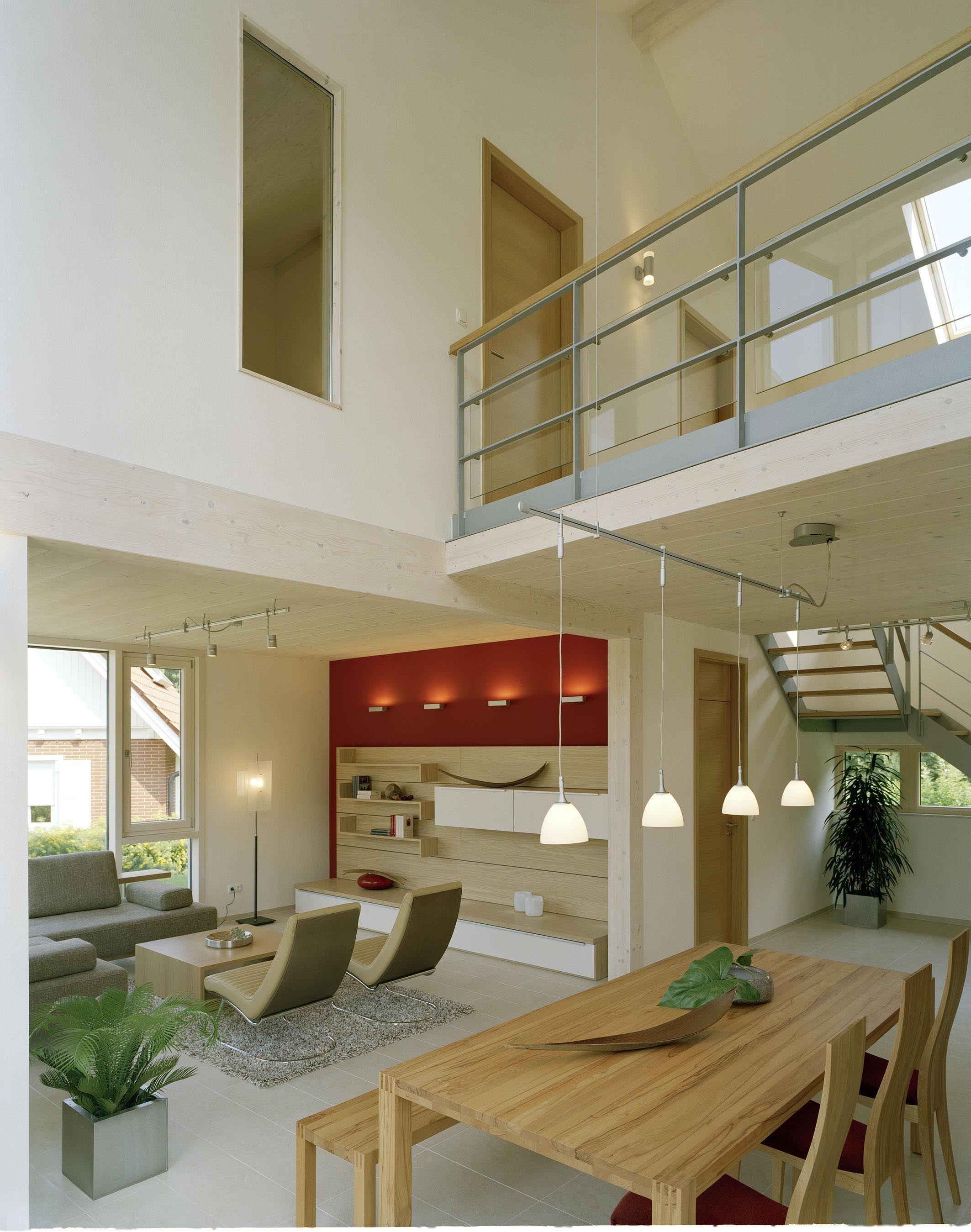 Modernes Wohn und Esszimmer mit Galerie & Luftraum
