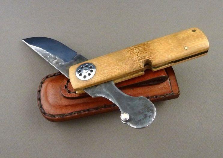 couteau japonais pliable