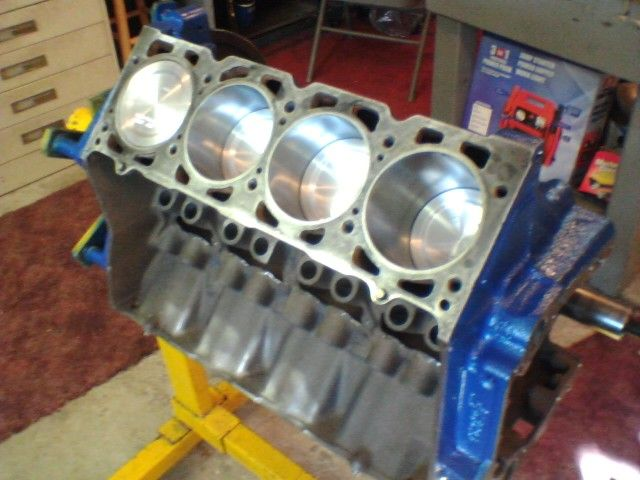 455 Olds W-30 short block, speed pro 10 25 1 forged pistons