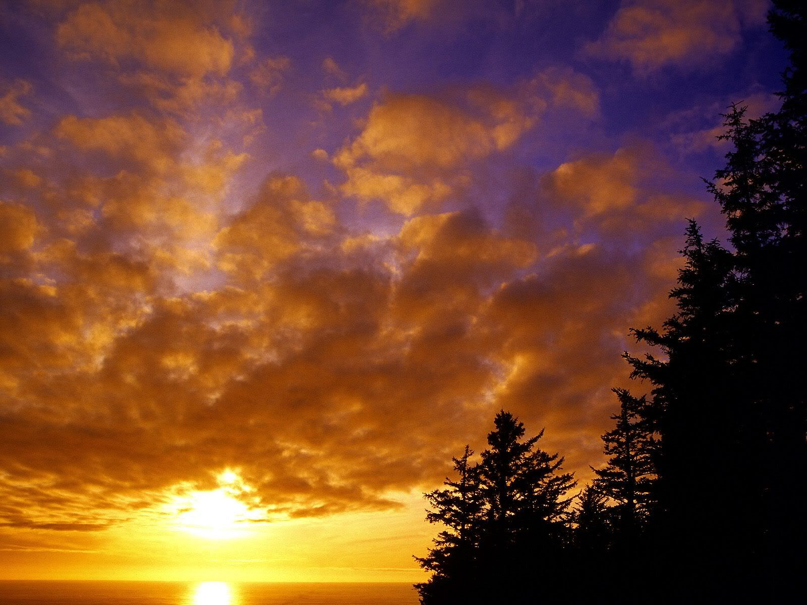 Sunsets Photo:  This Photo was uploaded by Ignwar. Find other Sunsets pictures and photos or upload your own with Photobucket free image and video hostin...