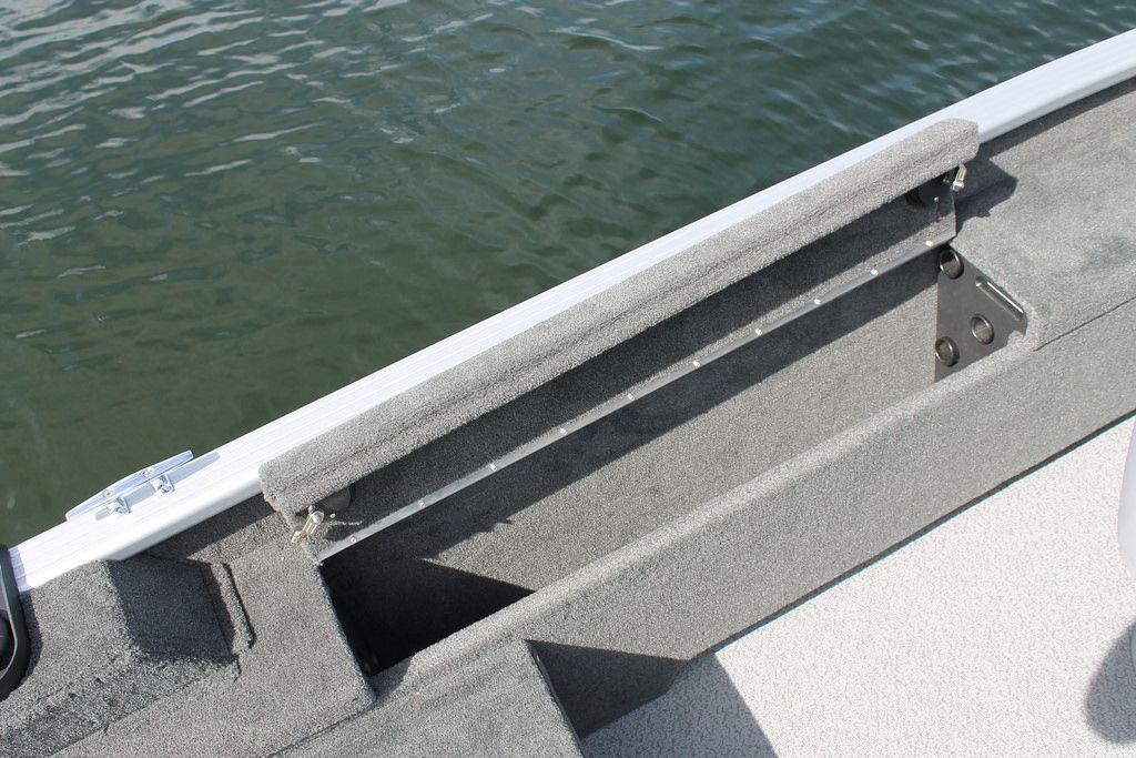 Pro Angler 162 XL top loading lockable rod storage | Smoker Craft fishing boat