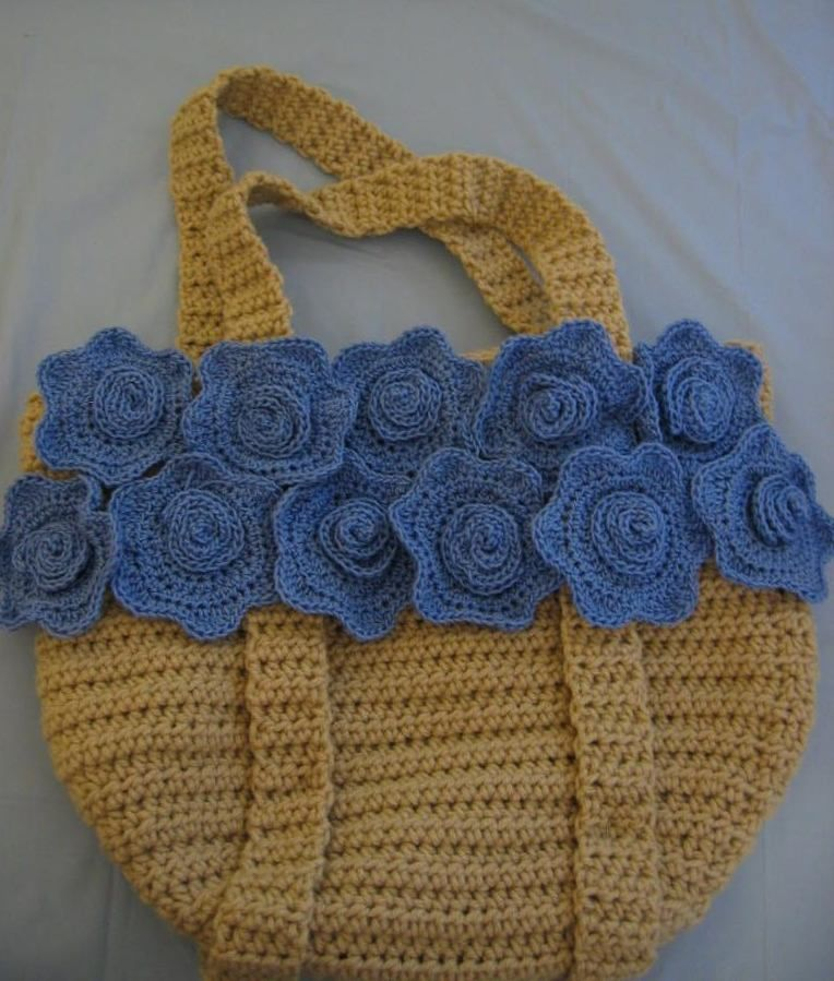 Flower Tote by Donna Collinsworth of Donna's Crochet Designs