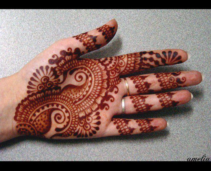 Mehndi Patterns For Small Hands : Small paisleys henna design hennas mehndi and designs