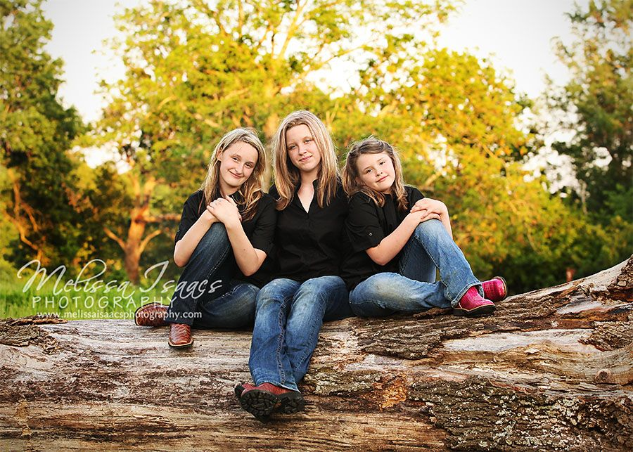 Family photography wish i could find a huge log like this familienfotos familie foto - Familienbilder ideen ...