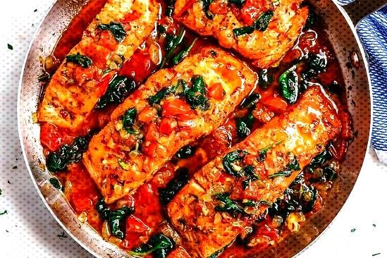 Tuscan Garlic Butter Salmon Skillet With Spinach And Tomato Tuscan Garlic Butter Salmon Skillet Wit