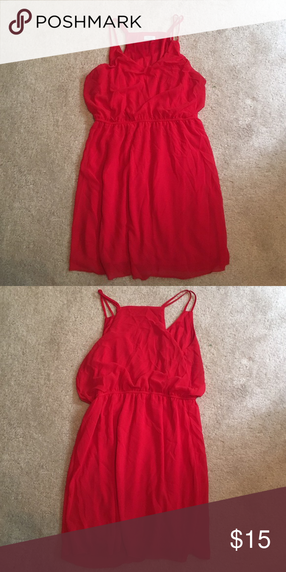 Red Tobi Dress! Beautiful red flowy Tobi Dress! Only worn once! Dresses