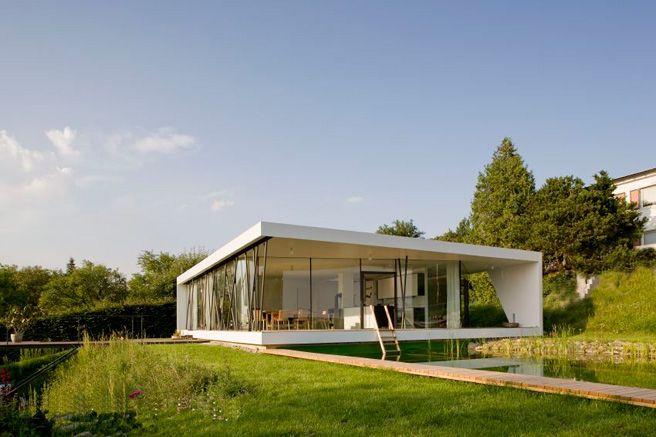 Auf einer Ebene | Haus bungalow, Bürogebäude und Architektur