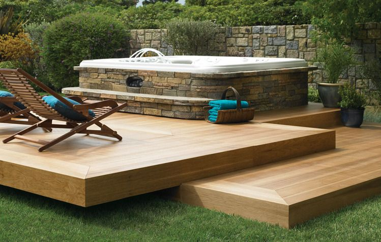 Deck bois et habillage pierre pour ce spa jacuzzi pinterest habillage spa et pierre - Habillage bois spa gonflable ...