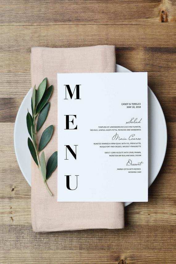 Bienvenue dans Momenti Design Studio! Ce modèle de menu de mariage modifiable est parfait