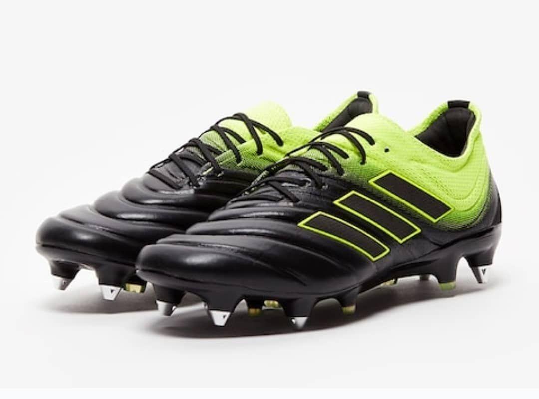 Adidas Copa 19.1 SG Cena: 130 eur Broj: 44 (28 cm), 44 2/3 (28,5 cm) i 45 1/3 (29 cm)