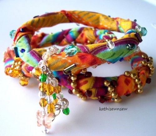 What to do to up cycle all those plastic bangles!  kathisewnsew: Bangle Bracelets 3 Twisted Colorful Soft Fabric