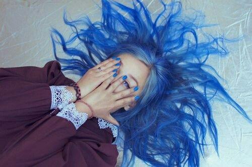 Electric blue hair⚡