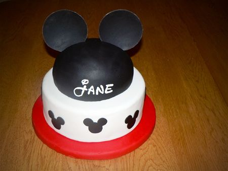 mickey mouse hat birthday cake by imtopsyturvycom via Flickr