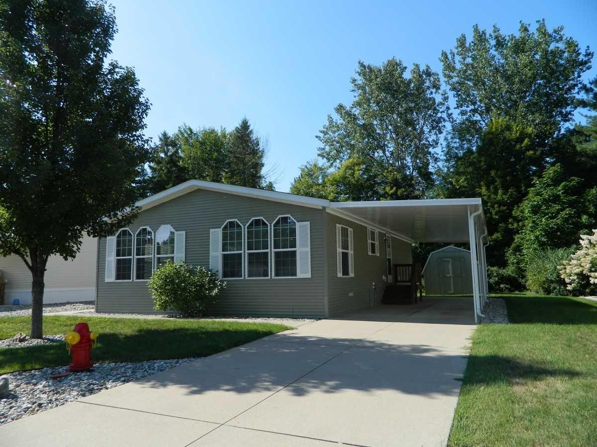 Century Mobile Home For Sale in Sanford MI, 48657