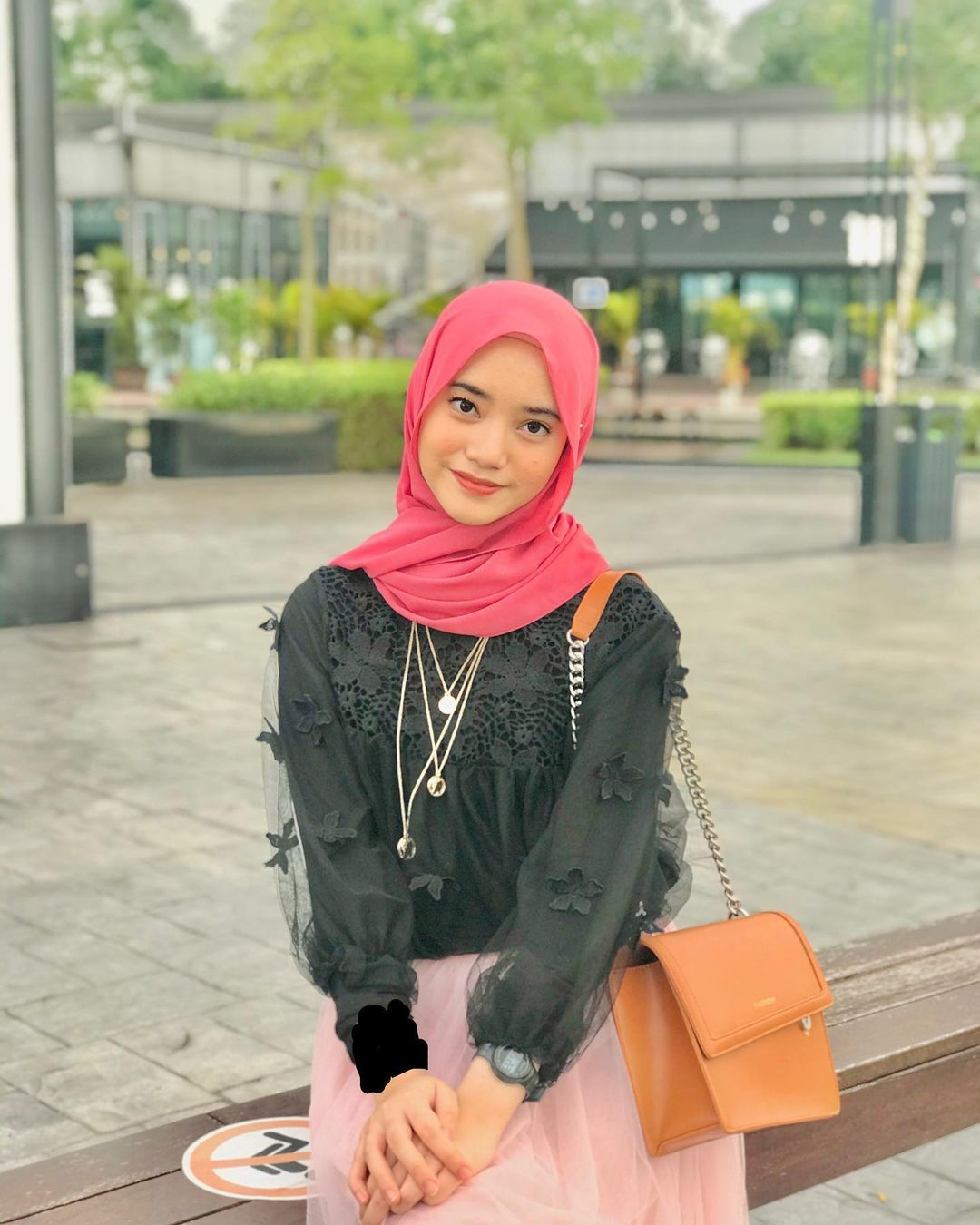 Instagram In 2021 Fashion Hijab Beautiful Hijab