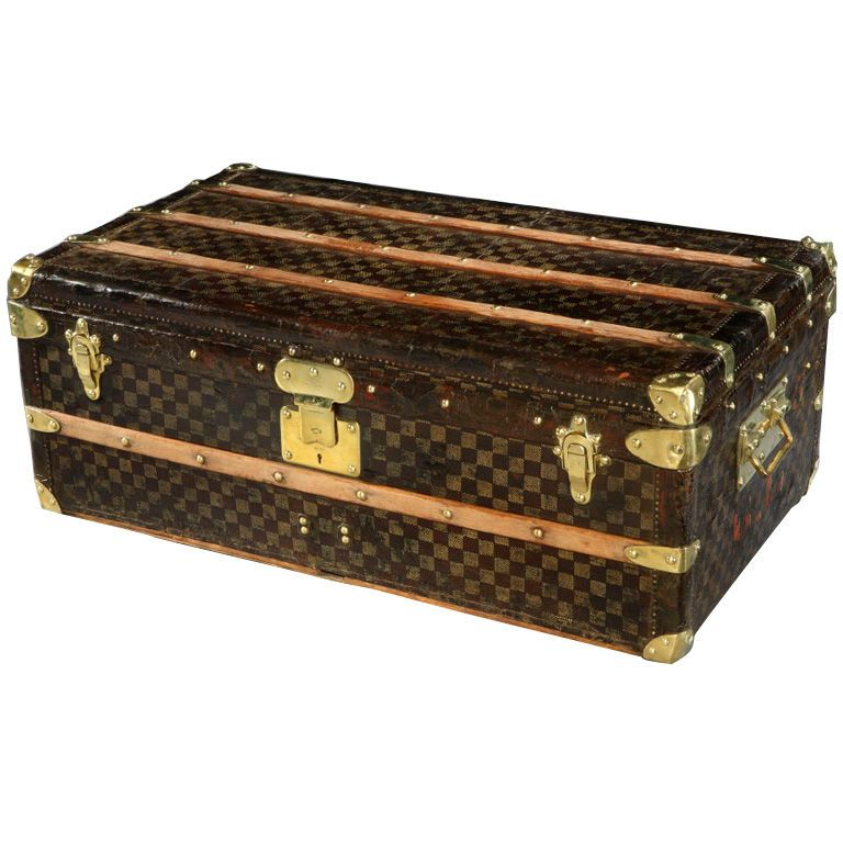 1890 Louis Vuitton 'Damier' cabin trunk. If I was rich I could put my samples in here lol