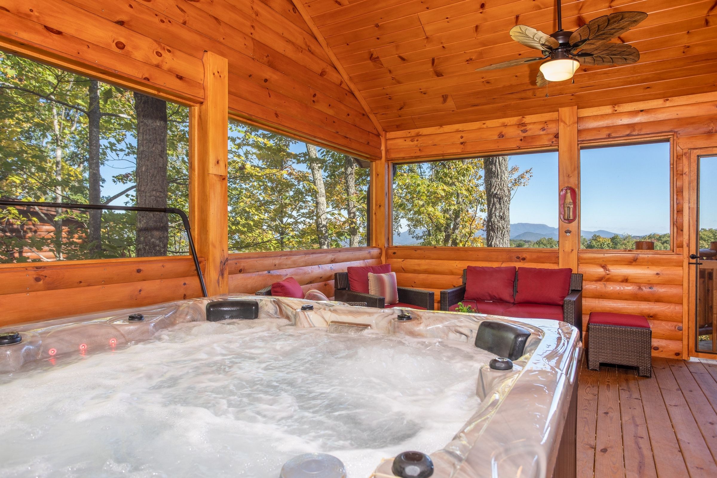 Panorama Luxury Plus 2 Bedroom Pigeon Forge Cabin Rental Cabin Rentals Cabins In The Smokies Tennessee Cabins