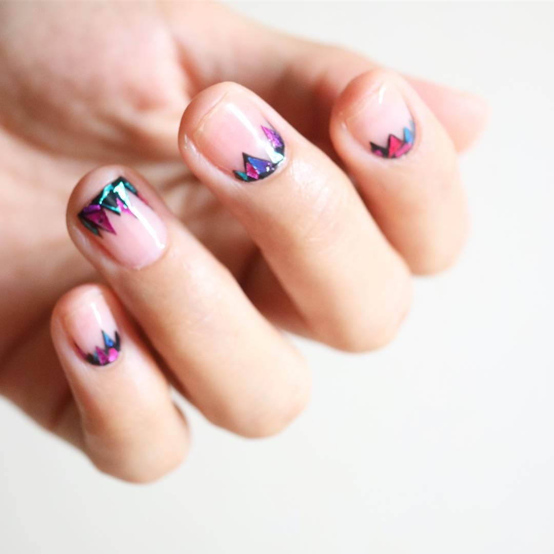 Meet the korean nail artist behind shattered glass nails bracelet