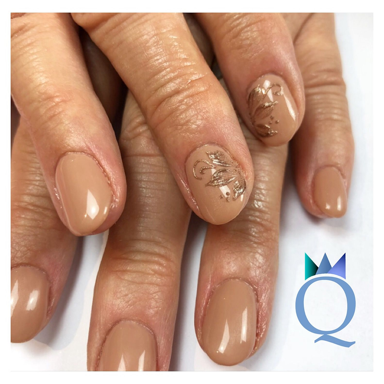 Blickfang Nageldesign Braun Beige Dekoration Von #gelnails #nails #nailart #naildesign #handpainted #gelnägel #nägel