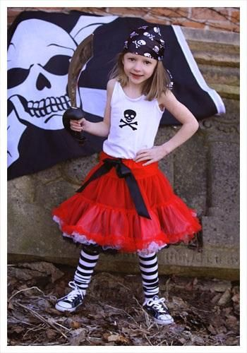 Homemade Pirate Costume Ideas.  sc 1 st  Pinterest : homemade girls pirate costume  - Germanpascual.Com