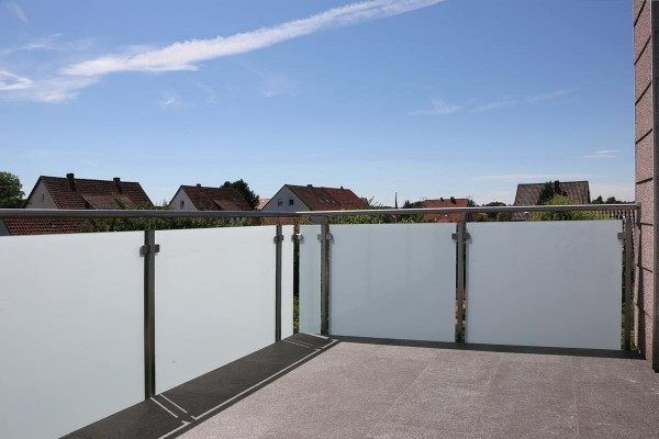 Balkongeländer aus Edelstahl mit Sicherheits Glas Pinterest - auswahl materialien terrassenuberdachung