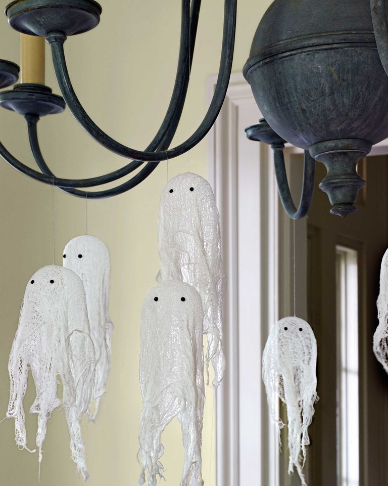 Photo of 65 Easy Halloween Crafts You Can DIY to Haunt Your Home This Season