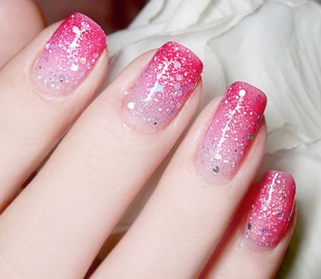 Thermal Color-Changing Nail Polish With Glitter, Rose Red