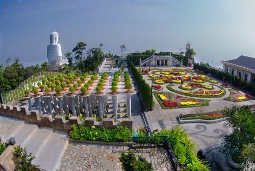 Vietnam dnle_jardin_d_amour_bana_hills_in_da_nang-max-500.jpg (500×334)