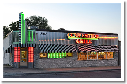 Welcome To Minnesota S Convention Grill A Fun Place To Eat 44th