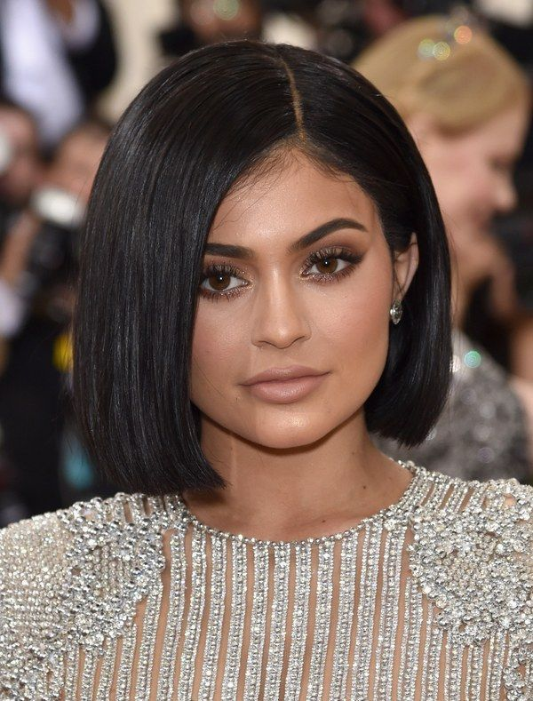 The Only Beauty Looks You Need To See From The Met Gala Red Carpet Kylie Jenner Hair Jenner Hair Trendy Short Hair Styles
