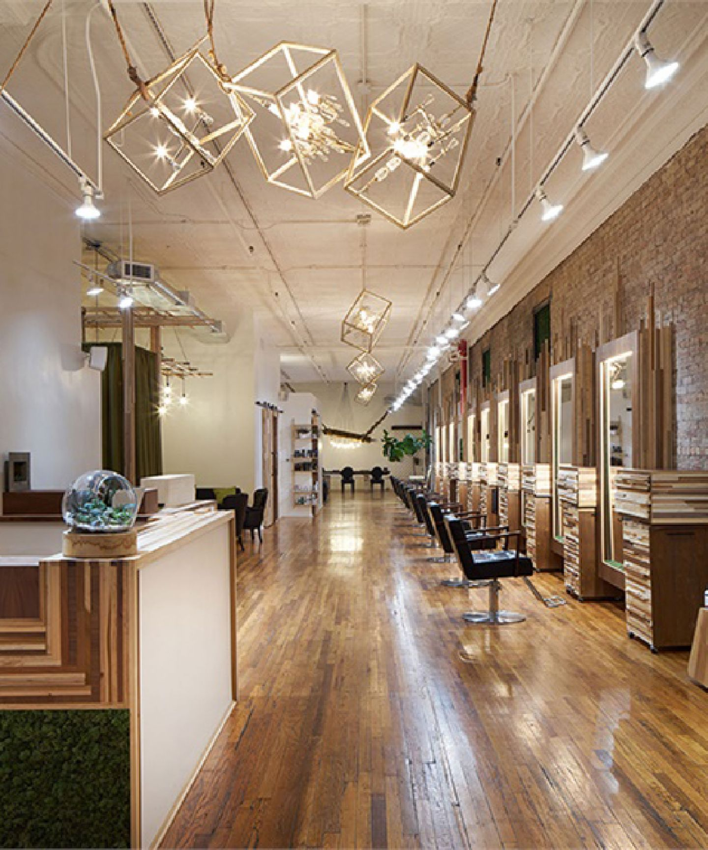 The Best New York City Salons For Natural Hair Curls Natural Hair Salons Nyc Hair Salon Curly Hair Salon