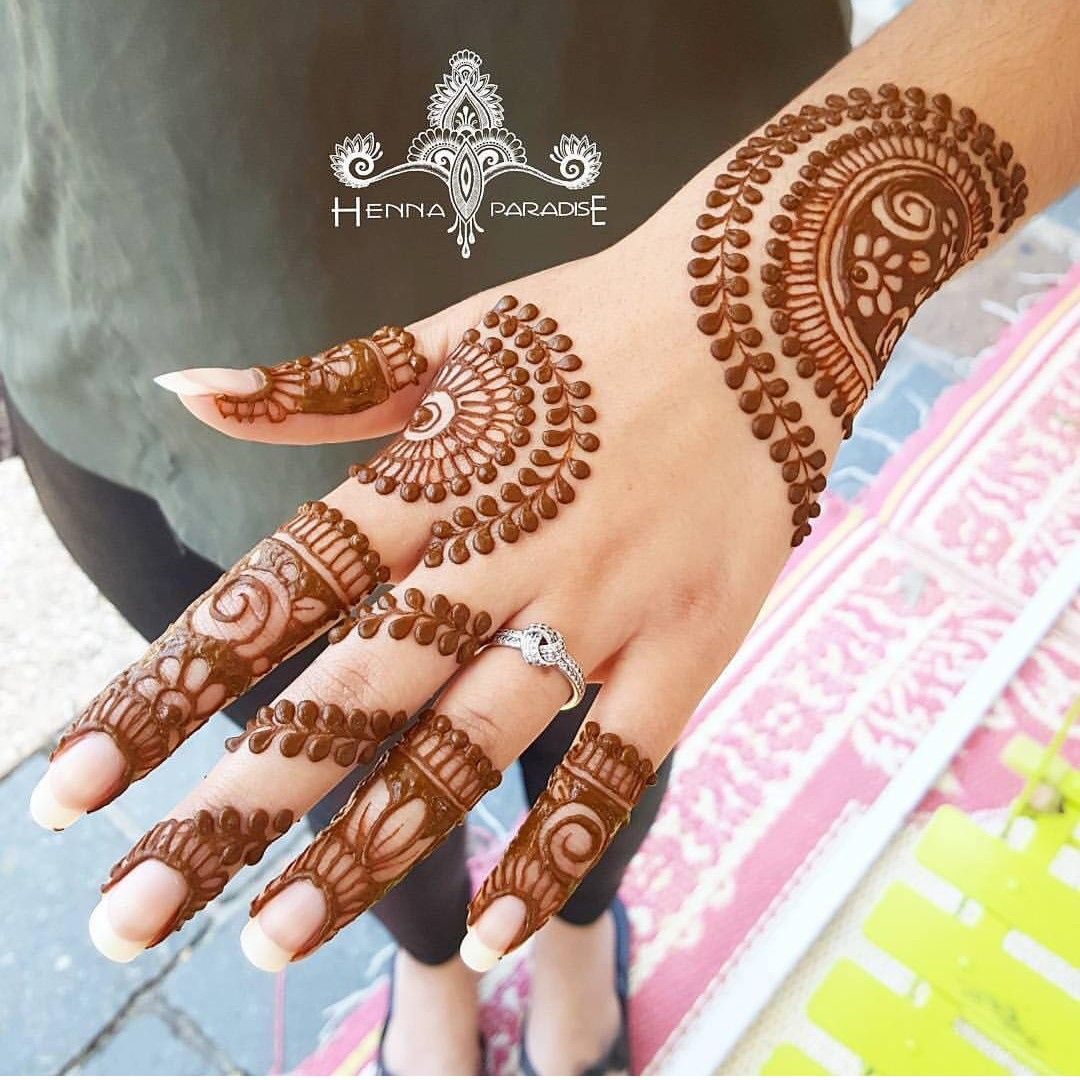 Pin By Zee Pinz On Henna Mehndi Designs Mehndi Design Photos