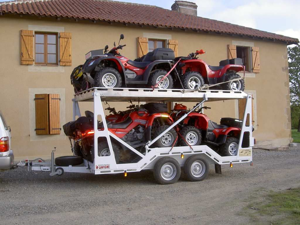 How to choose a trailer for a snowmobile. What are the trailers for snowmobiles and ATVs