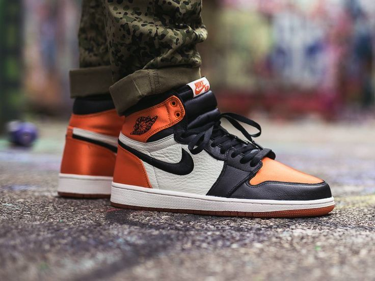 8ffc75a72536cd Nike wmns Air Jordan 1 Satin Shattered Backboard - 2018 (by vieilleecole)  Sneakers greatly benefit from shoe trees related to care