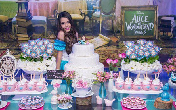 Festa 15 Anos Alice Pais Maravilhas 7 Festa 15 Anos Ideias