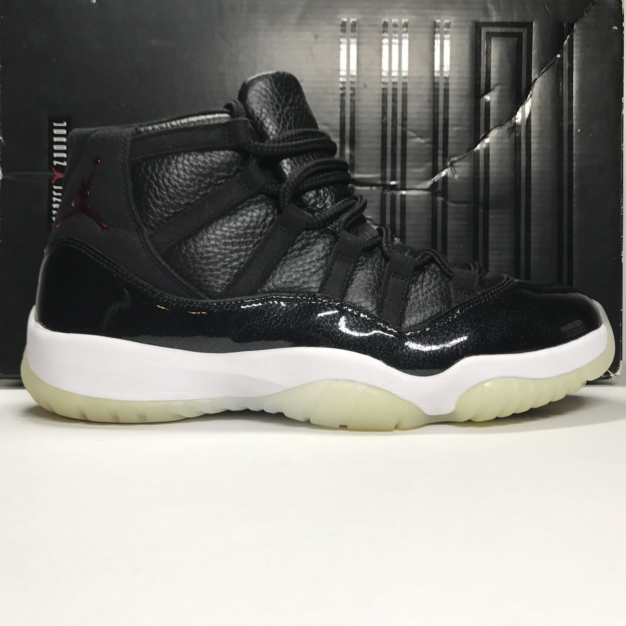 best sneakers eb260 340f5 Nike Air Jordan 11 XI Retro 72-10 Size 9.5