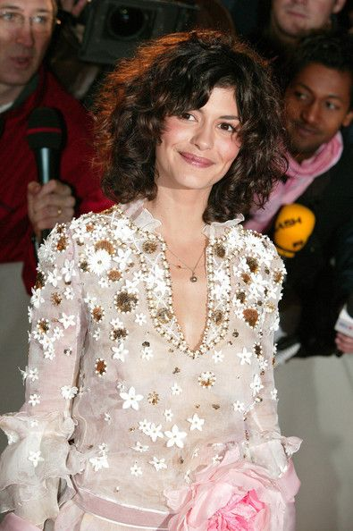Audrey Tautou Photostream Curly Hair Styles Naturally Rocker Hair Curly Hair Styles